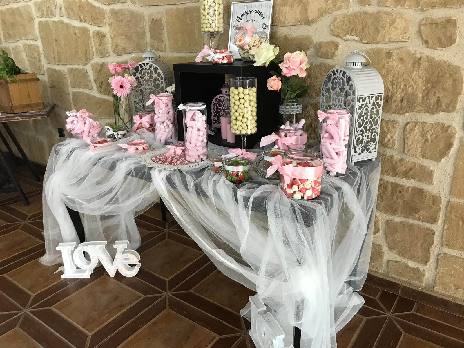 Tendencias mesas de dulces 2019 ebents incubando exitos - Ideas decoracion bar ...